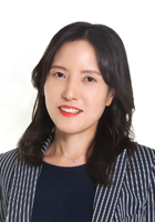 Sunghwa (Grace)  Choi
